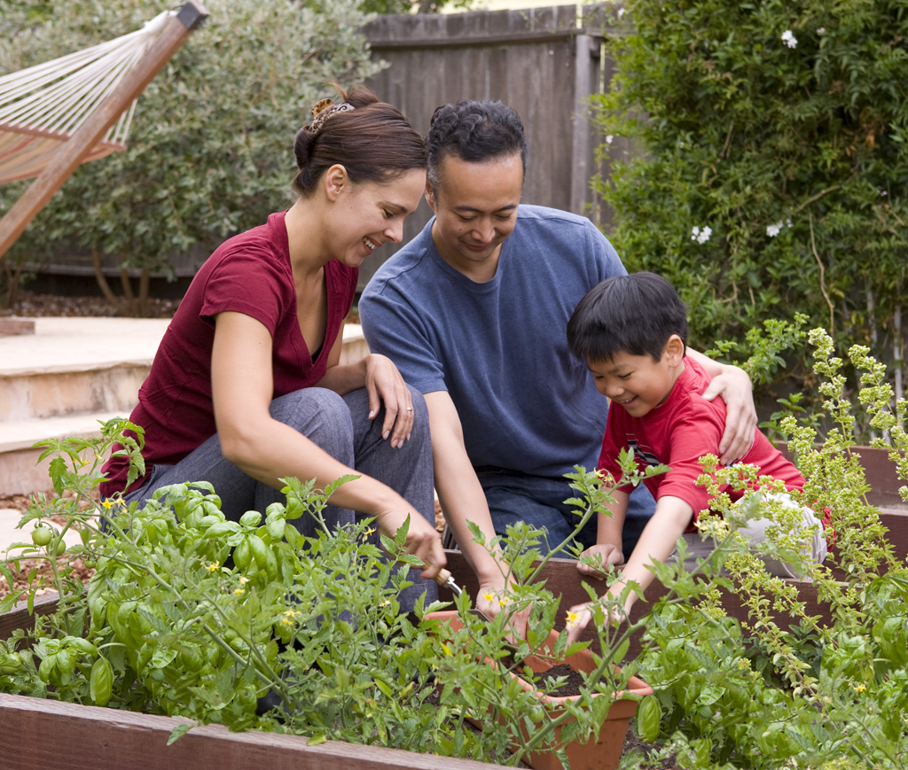 Family gardening promises a great harvest! Image Credit: http://www
