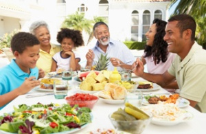 Family meals should be enjoyable and respectful, not stressful! (Image Credit: Google Images)