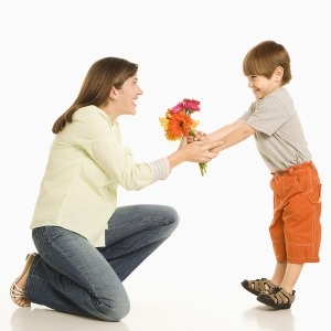 Image Source: http://www.dotcomgiftshop.com/blog/mothers-day-facts